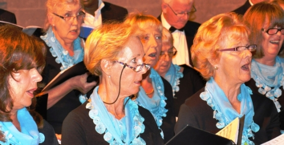 Kyrenia Chamber Choir concentrates on the music. Bellapais Abbey October 2014
