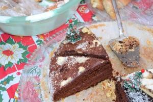 026C Mmmmmmmmm Cake - Christmas comes to Baris Park 2011 117