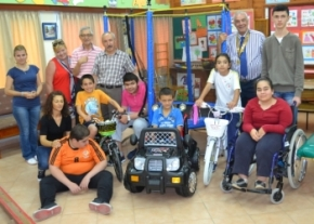 Rotary Club of Kyrenia Liman presentation to the Karakum Special Needs school image