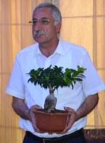 Mayor, Nidai Gungordu
