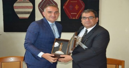 Sucuoğlu continues contacts in Turkey
