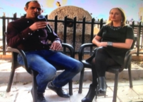 Engin Dervisaga talks to Olesya Larina image