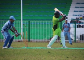 Osman of the Lefkoşa Legends being bowled image