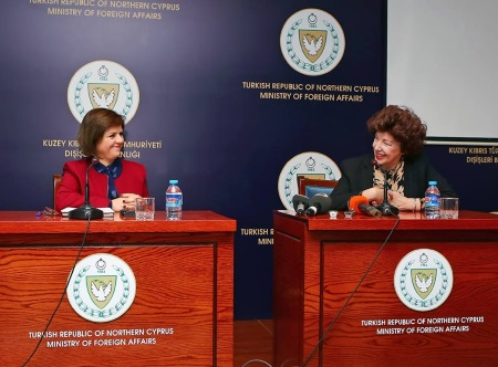 Colak receives Women's Groups