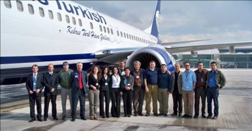 KTHY flight and engineering team taking delivery of the 4th Boeing 737-800 in 2009