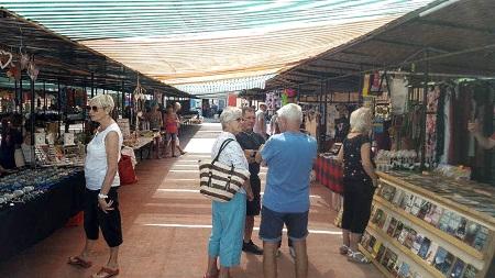 Oris Beach Market 1