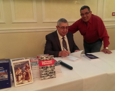 Book-signing Osman Balikcioglu