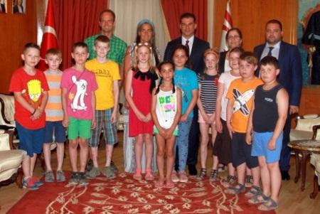Ozgurgun receives German students