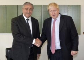 mustafa-akinci-and-boris-johnson-image