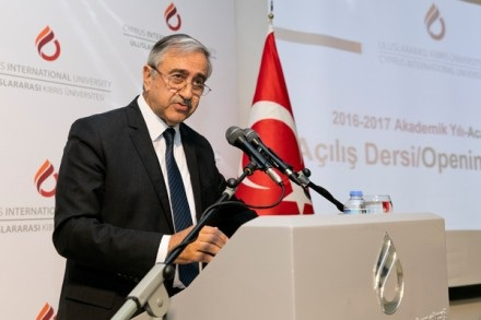 akinci-anastasiades-should-think-about-future-generations
