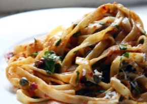 turkish-recipes-pasta-with-anchovies