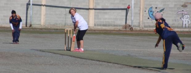 gina-mapp-batting-against-the-sri-lankan-c-c