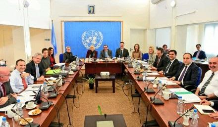 negotiators-discuss-economy-issue
