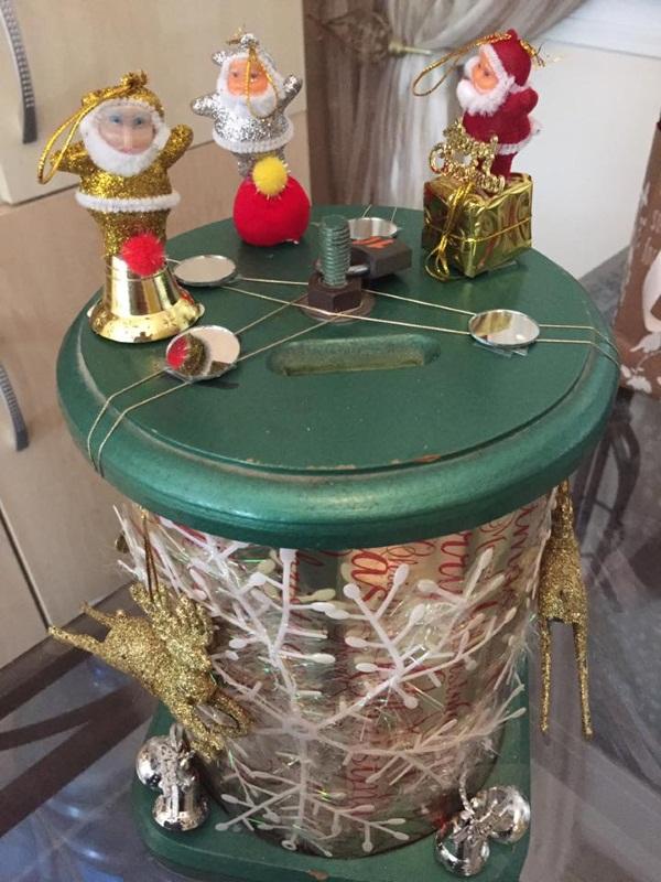 sh-boom-christmas-box