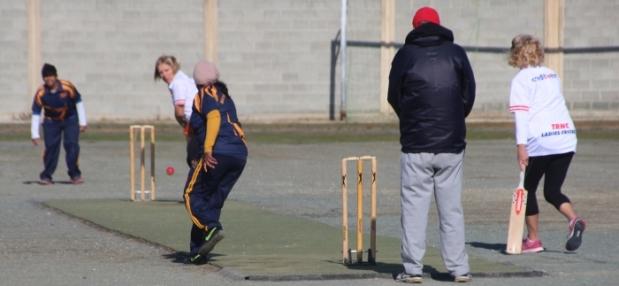 trncs-gina-mapp-lynn-holman-batting-against-the-sri-lankan-c-c