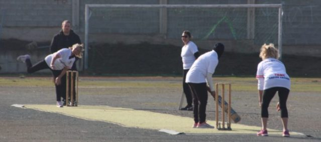 trncs-lynda-hurley-bowling-against-limassol-with-lynn-holman-wicket-keeping